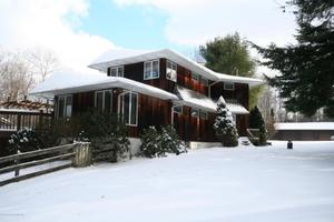 1145 Tinker Brook Rd, Clifford Twp, PA 18421