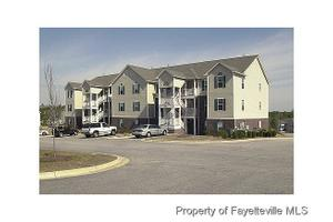 363 Bubble Creek Ct Unit 8, Fayetteville, NC 28311