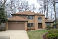 6196 Devon Dr, Columbia, MD 21044