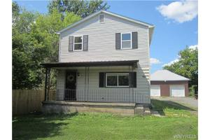 86 Lakeview Ave, Orchard Park, NY 14127