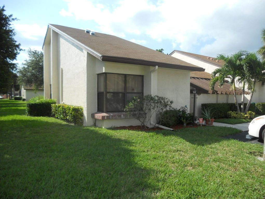 3955 Vine Tree Trl Apt A Lake Worth, FL 33467