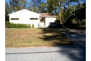 1944 4th St SE, Moultrie, GA 31768