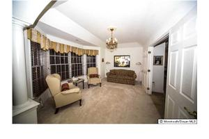 3 Risa Benjamin Way, Freehold, NJ