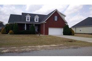 203 Aarons Pl, Goldsboro, NC 27530