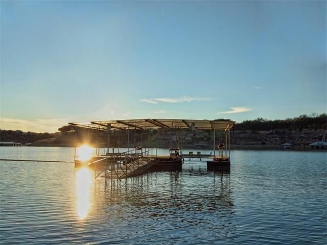 21913 mockingbird st lago vista tx 78645 for Lago vista home builders