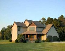 4050 Stone Quarry Rd, Waterford, PA 16441