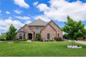 edmond ok houses for sale with swimming pool