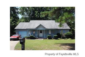 952 Rancho Dr, Fayetteville, NC 28303