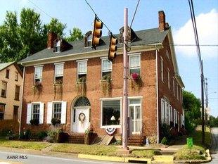 Circa 1795 Historic Home/Store
