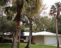 3606 E Wilderness Dr, Fort Pierce, FL 34982
