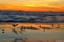 17032 7th St, Sunset Beach, CA 90742