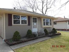 4203 Woodrow Ave, Parma, OH 44134