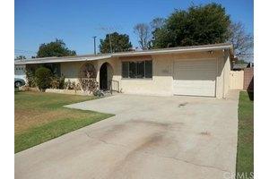 11752 Morrie Ln, Garden Grove, CA 92840