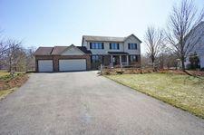 5653 Caribou Ln, Hoffman Estates, IL 60192