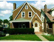 998 Peermont Ave, Pittsburgh, PA 15216