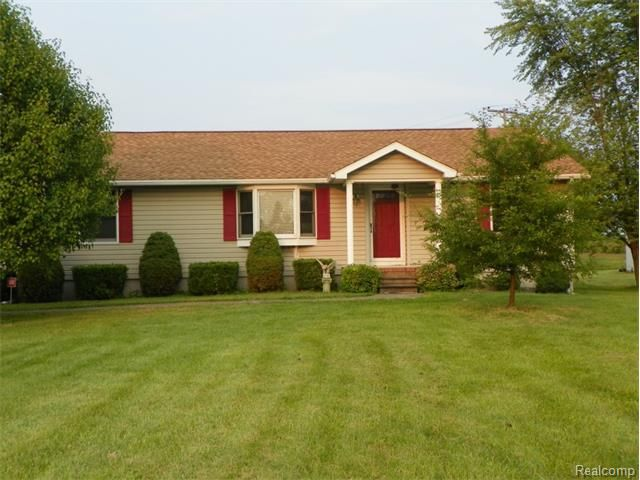 30531 fort rd brownstown township mi 48173 home for sale and real estate listing