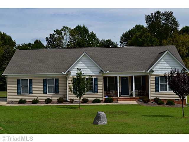 2209 Willow Springs Dr Pleasant Garden Nc 27313