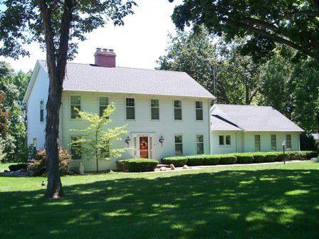 15 Country Club Ln, Arcola, IL 61910