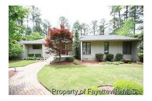 3305 Hutton Pl, Fayetteville, NC 28303
