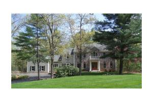 196 Newtown Rd, Acton, MA 01720