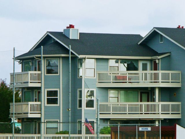 651 Se Bayshore Dr Unit B305, Oak Harbor, WA