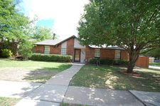 5553 Squires Dr, The Colony, TX 75056