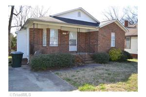 1304 Rotherwood Rd, Greensboro, NC 27406