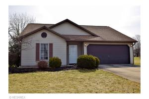 332 Quail Roost Dr, Medina, OH 44256