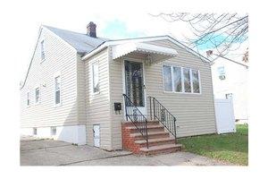 79 Grant Ave, Carteret, NJ 07008