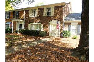 29 Fountain Manor Dr Unit C, Greensboro, NC 27405