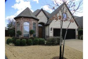 5301 Sun Meadow Dr, Grapevine, TX 76051