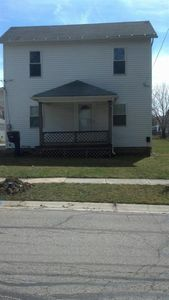 136 E Cherry St, Clyde, OH