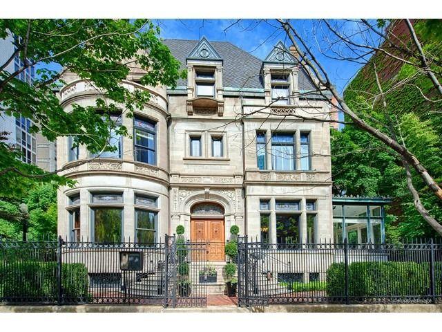 1547 N Dearborn Pkwy, Chicago, IL 60610