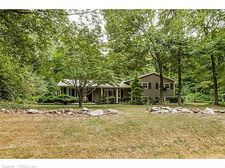 11 Beaver Pond Rd, Madison, CT 06443