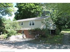 71 Frost Hill Ave, Lisbon, ME 04252