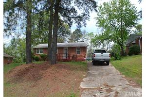 713 Bunche Dr, Raleigh, NC 27610