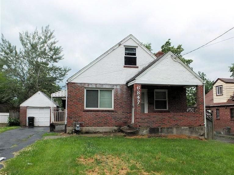 6847 Vinewood Ave, Cincinnati, OH 45227