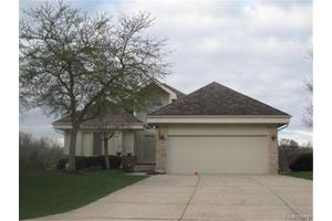 5449 Pleasant Lake Dr, West Bloomfield Twp, MI 48322
