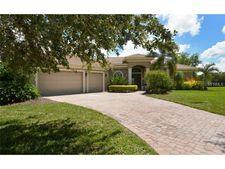 5352 Hunt Club Way, Sarasota, FL 34238