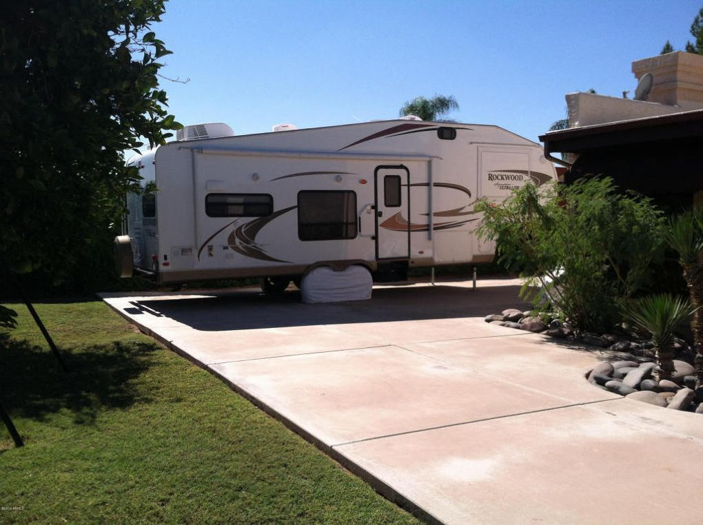hookup in mesa az This is an older trailer park with a few full hook up sites deep loose gravel makes it a bit harder to level or use the lawn chairs not big rig friendly, no attended office, occupied by seasonal tenants who take over running things when the manager is nowhere to be found they do have a pool and hot tub and the grounds are.