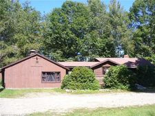 1141 Middle Rd, Dresden, ME 04342