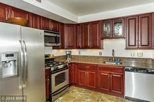 10063 Windstream Dr Apt 6, Columbia, MD 21044