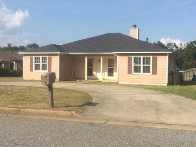 home for rent 1408 kings mountain rd columbus ga 31907 realtor