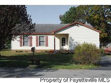 750 Elderberry Dr, Fayetteville, NC 28311