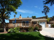 9247 Brookside Cir, Spring Valley, CA 91977