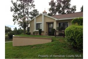 8164 Sturbridge Ct, Weeki Wachee, FL 34613