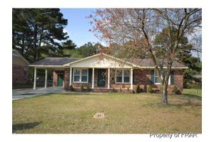 6742 Seaford Dr, Fayetteville, NC 28314