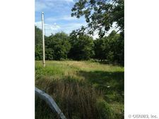 3651 Outlet Rd, Manchester, NY 14548