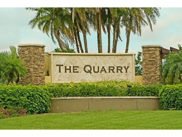 9220 Quartz Ln Apt 201, Naples, FL