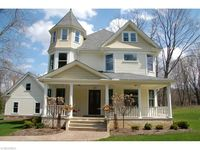 639 Chagrin River Rd, Gates Mills, OH 44040